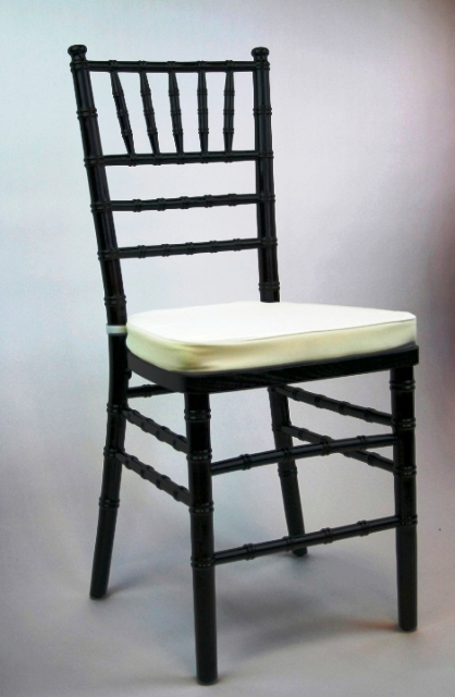 Chiavari Chair Black with White Cushion