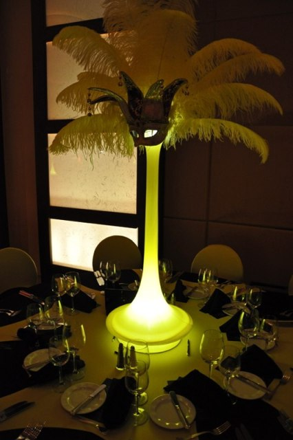 Feathers Centerpieces FCP-41