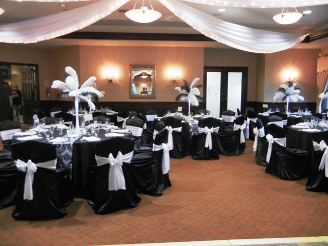 Feathers Centerpieces FCP-92