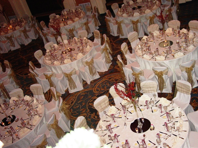 "120"" Round Tablecloths polyester"