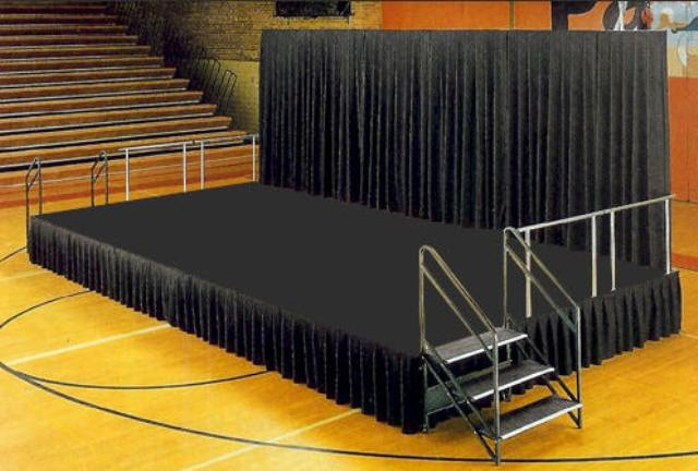 Stage Size 16 X 32
