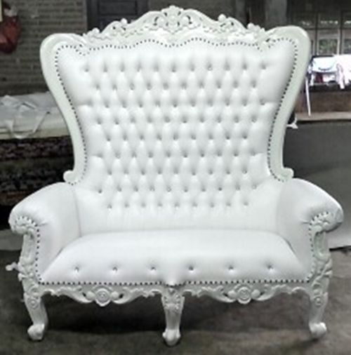 THRONE LOVESEAT WHITE